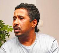 صحيفة جزائرية تصف قناة الجزيرة بالقذرة
