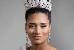 """4 ورش عمل بمكة والمدينة وبيشة وأبها لدعم مبادرة  """" مهنتي بيدي"""" لتوطين قطاع التجميل"""