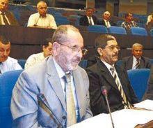 متاجرة  بتأشيرات العمرة وتقليص المعتمرين في الجزائر عشرة اضعاف ما تطلبه السعودية