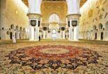 اكبر سجادة في العالم في مسجد الشيخ زايد